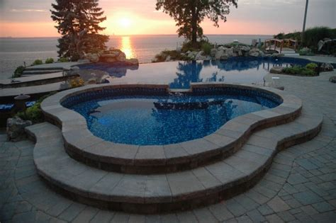 Closing Swimming Pools Has The Sun Set On This Year S Seasonal Pool And Patio