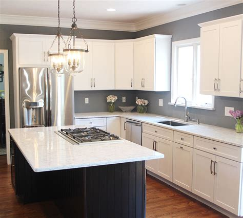 Lacquer Kitchen Cabinets by Maple Cabinets Refinished In Decorative White Tinted