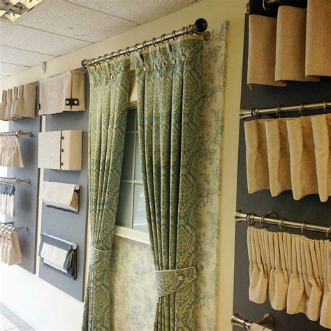 werkstatt vorhang pin by svetlana zakharova on shop showroom