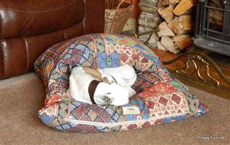 horse blankets for beds dog beds persian snuggle pita bed friday fox witney