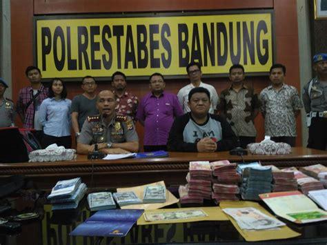 Lu Sorot Di Bandung ott di dinas pmdptsp bandung polisi sita rp 364 juta us