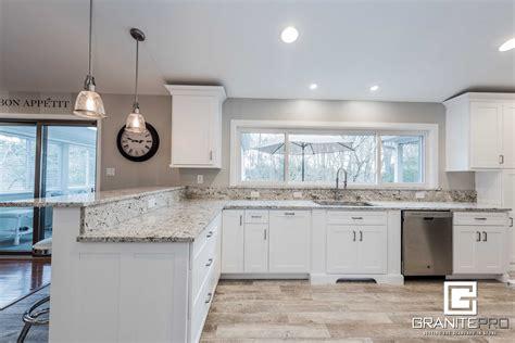 White Kitchen Cabinets With Granite Countertops by Pictures Of White Kitchens With Granite Countertops