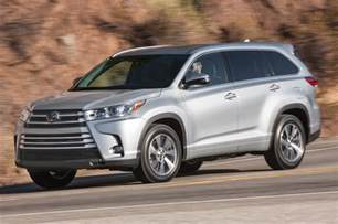 Toyota Highlandar 2017 Toyota Highlander 8 Things To Motor Trend