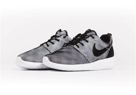 Nike Roshe Run Black White Premium introducing the nike roshe run premium plus sneakernews