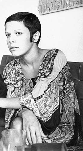 Elis Regina | Fotos de cantores, Cantores, Mulheres