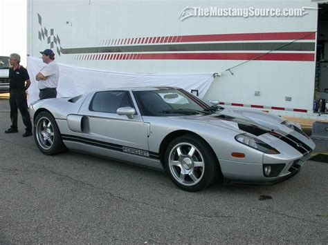 ford gt silver desktop wallpaper silver 2005 ford gt the mustang