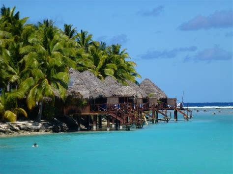 overwater bungalows cook islands overwater bungalows picture of aitutaki lagoon resort