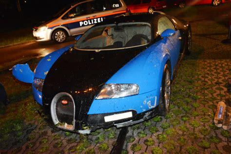 crashed bugatti veyron for sale car crash bugatti veyron wrecked in austria