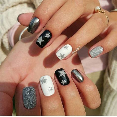 new year nails 25 beautiful new nail designs 2017 ideas on