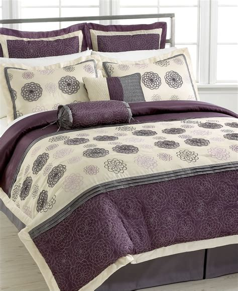 anna linens bedding my gourmet bedding love it daisy charm 8 piece