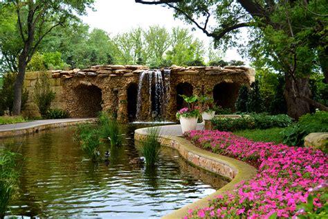 lay family garden dallas arboretum