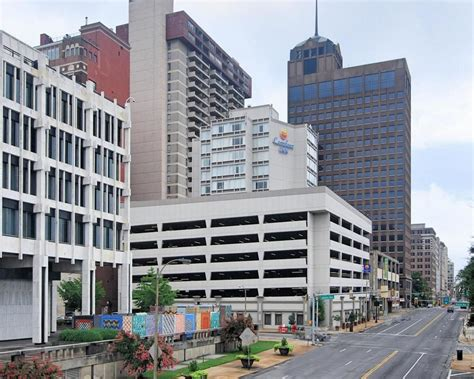 comfort inn memphis tn downtown comfort inn downtown in memphis hotel rates reviews on