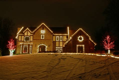 residential christmas light installation i love holiday