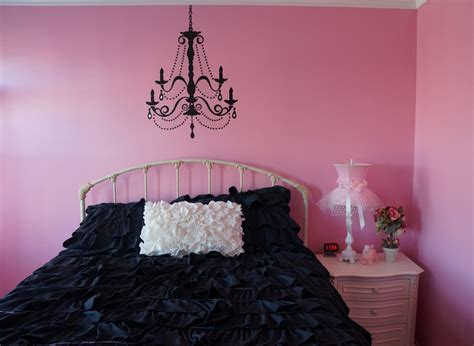 paris france themed bedrooms home confetti renee s paris room reveal