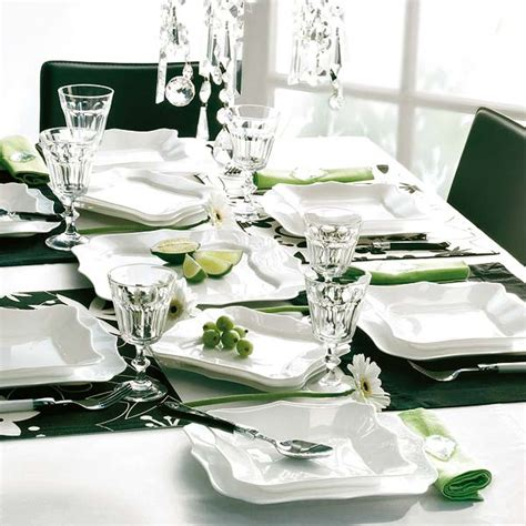 How To Decorate Dinner Plates by 50 Table Decorating Ideas For 2011