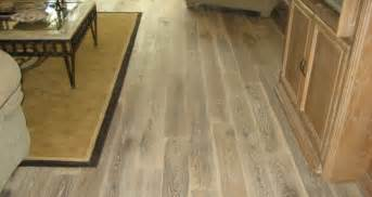 floor astonishing rubber flooring that looks like wood charming rubber flooring that looks