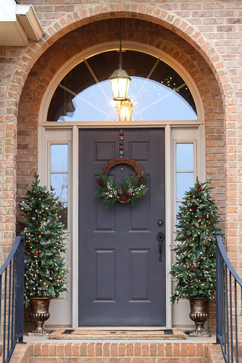 Christmas Decorations Christmas Front Door Kevin Amanda Decorating The Front Door For