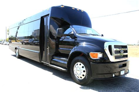 Limo Service New Orleans by Limo Service New Orleans La Save Up To 20 Buses Limos