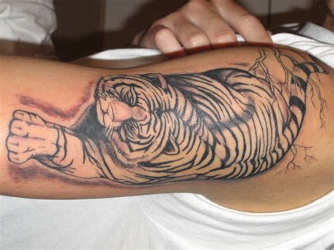 queenstown tattoo white tiger asian white tiger tattoo