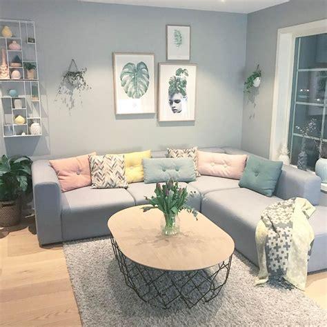cara buat hiasan dinding ruang tamu 25 dekorasi dinding ruang tamu minimalis cantik kreatif