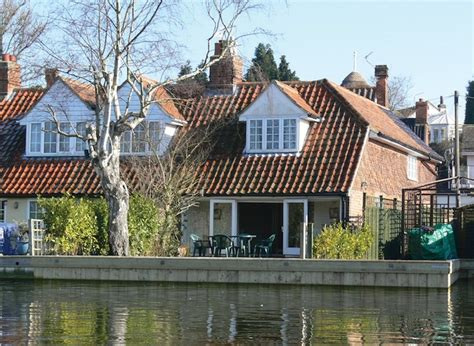 Riverbank Cottage by Photo Gallery Riverbank Cottage On The Norfolk