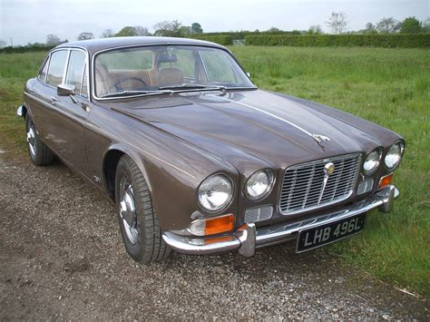 antique jaguar classic jaguar xj6 www imgkid com the image kid has it