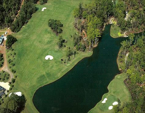 backyard golf hole lanmark designs par 3 backyard golf course design