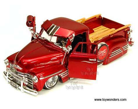 Gw 124 L By Wholesaler 1951 chevy truck 96224gw 1 24 scale toys