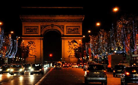 wallpaper christmas in paris paris christmas free download wallpaper