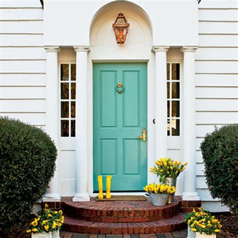 Make A Dramatic First Impression 15 Painted Front Doors Front Door Color