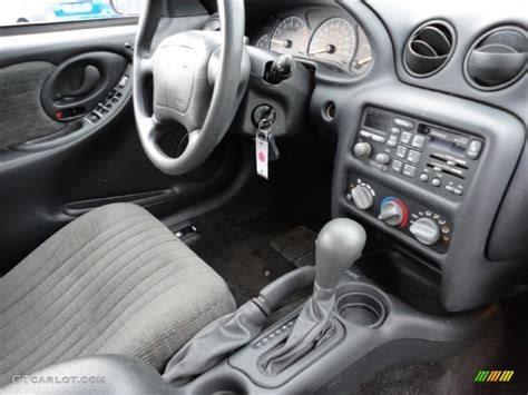 Pontiac Grand Am Interior by Graphite Interior 1997 Pontiac Grand Am Se Sedan Photo