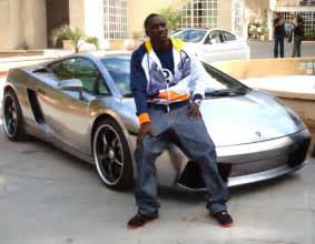 Akon Lamborghini Gallardo Akon Sitting On His Lamborghini Gallardo Carz