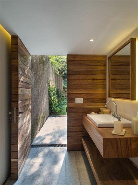 holz im badezimmer waschtisch aus holz f 252 r mehr gem 252 tlichkeit im bad