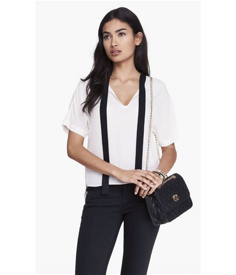 White Tie Front Blouse by Tie Front Blouse White Blouse Styles
