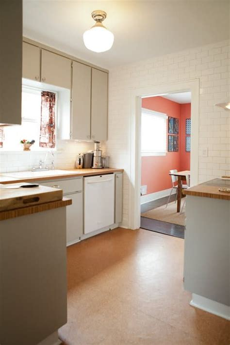 Cork Kitchen Flooring Best 25 Cork Flooring Ideas On Cork Flooring Kitchen Cork Flooring Reviews And