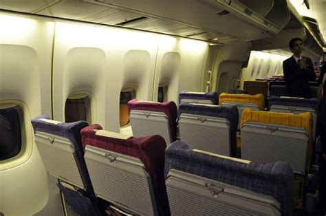 Thai Cabin by Review Of Thai Airways Flight From Phuket To Bangkok In