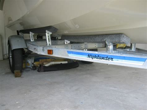 boat trailer drive on guides whalercentral boston whaler boat information and photos