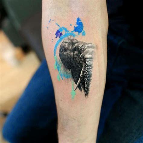 tattoo hand com elefanten tattoo symbole und bedeutungen tattoos