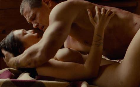 Elizabeth movie sex scene