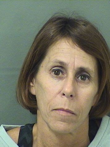 Arrest Records In Palm County Estelle Shorell Lewis Inmate 2016041235 Palm County Detention Center Near