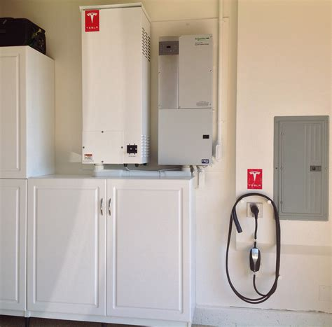 Tesla Solarcity Batteries Every Solarcity Customer Will Get Battery Backup Within 5
