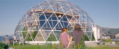 Lehmhaus Im Glashaus by Selbstversorger Haus Diese Norwegische Familie Lebt Im