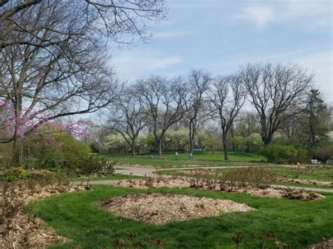 Park Of Roses Shelter House by Whetstone Park Park Of Roses Botanical Garden 3923 N High St In Columbus Oh Tips And