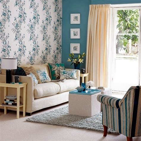 Blue Wallpaper For Living Room by Creative Wall Design In The Living Room Ideas For Colorful Wallpapers Interior Design Ideas