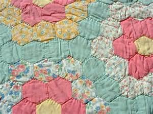 grandma flower garden quilt pattern best 20 vintage quilts patterns ideas on pinterest