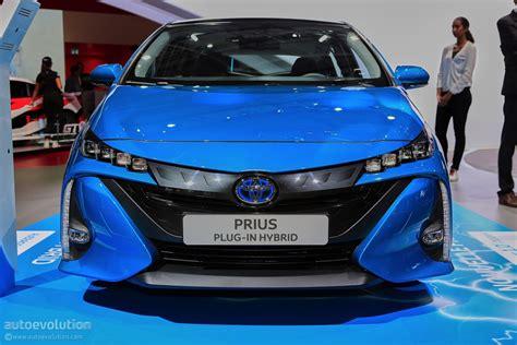 toyota prius plug  hybrid