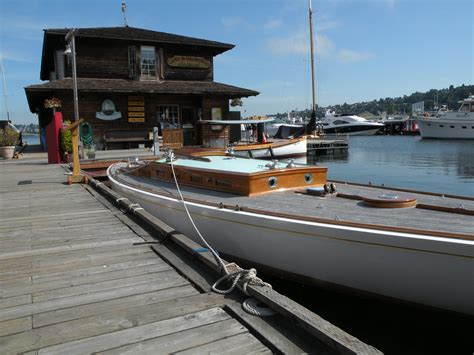 center for wooden boats expands in bustling south lake - The Center For Wooden Boats Parking