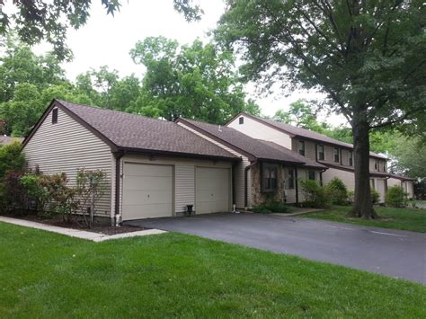 woods condos and townhouses for sale in oceanport