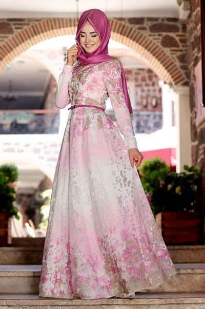 Model Gaun Pesta Modern 30 Model Elegan Gaun Pesta Muslim Modern Untuk Penilan