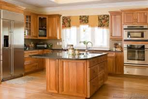 Kitchen Design Ides Pictures Of Kitchens Traditional Medium Wood Golden